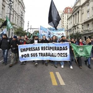cooperativas-marcha-bandera